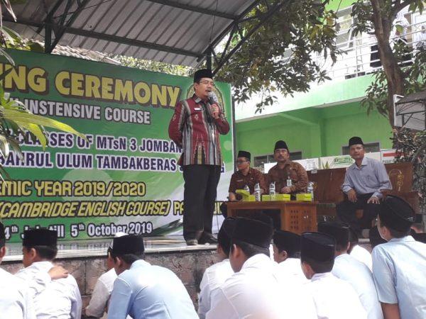 Kepala Kemenag Jombang Beri Sambutan di Opening Ceremony English Intensive Course MTsN 3 Jombang