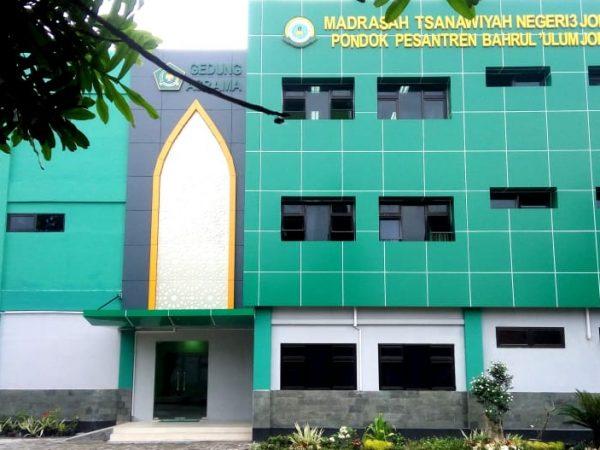 SBSN MTsN 3 Jombang PP Bahrul Ulum; Tetap Berprestasi di Tengah Pandemi dan Kepala Madrasah Inspiratif