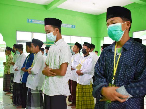 "MTsN 3 Jombang Adakan Kegiatan Pondok Romadhon Bertema ""Pesantren Enterpreuner KH. Abd. Wahab Chasbulloh"""